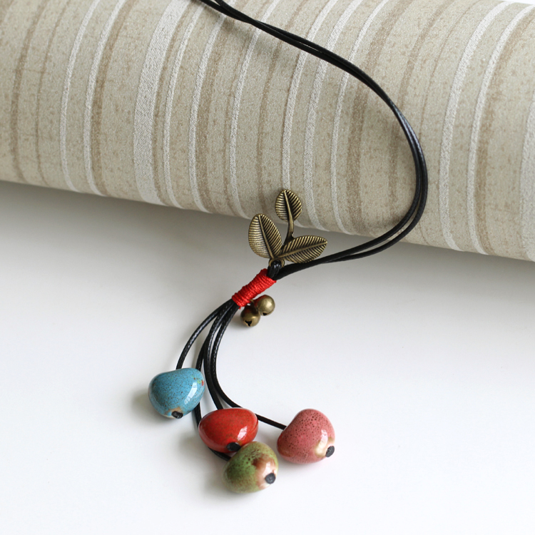 New Arrival Creative Handmade Ceramic Chain Necklace Boho Style Colorful Heart Pattern Small Accessories Jewelry for