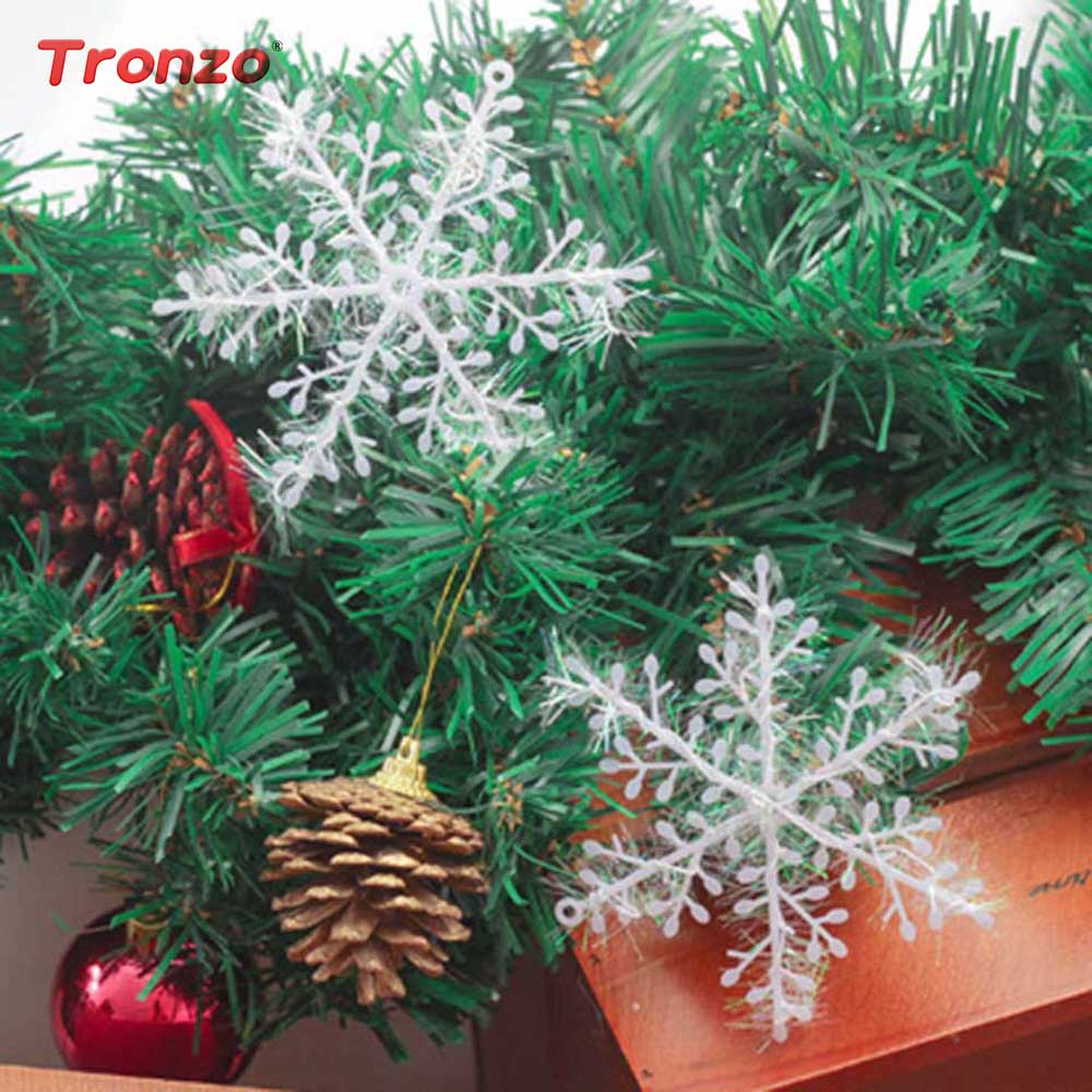 New Year Party Plastic Christmas Tree Snowflake Decorations