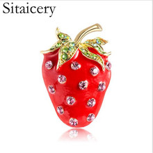Sitaicery Fashion Fruit Strawberry Shape Brooch Red Enamel Plant Jewelry Pins Women Girls Bag Hat Scarf Buckles Suit Accessories
