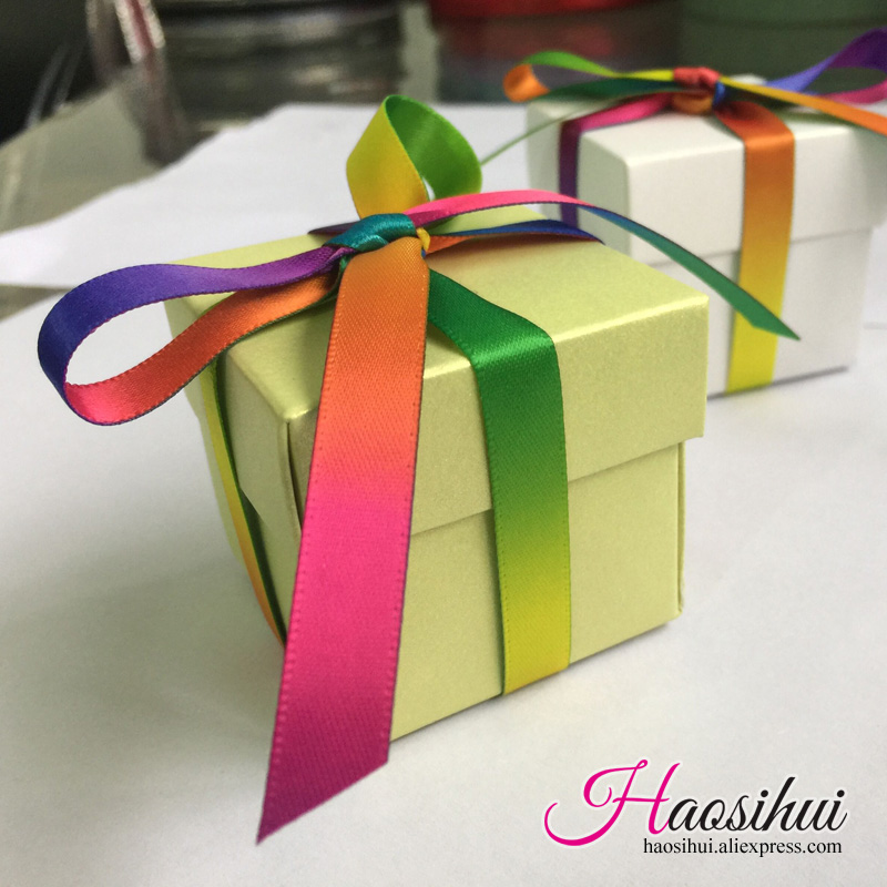 haosihui 50pcs/lot Wedding color gift boxes Baby Shower Birthday Favors Candy Boxes Gifts Bag Party Supplies Free mail