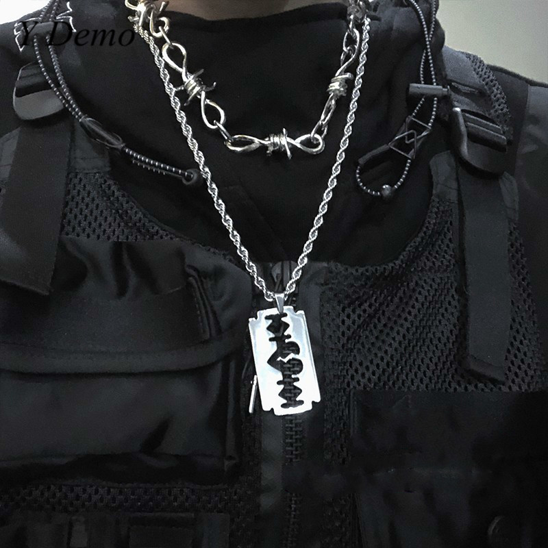 Punk Blade Broken Heart Necklace New Couple Rope Chain Necklace Accessory