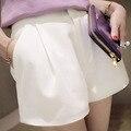 2017 Nova Moda Da Europa e Coreano Preto e Branco shorts Zipper Fly Sólidos calções Casuais mulheres Soltas Calções calções crochê