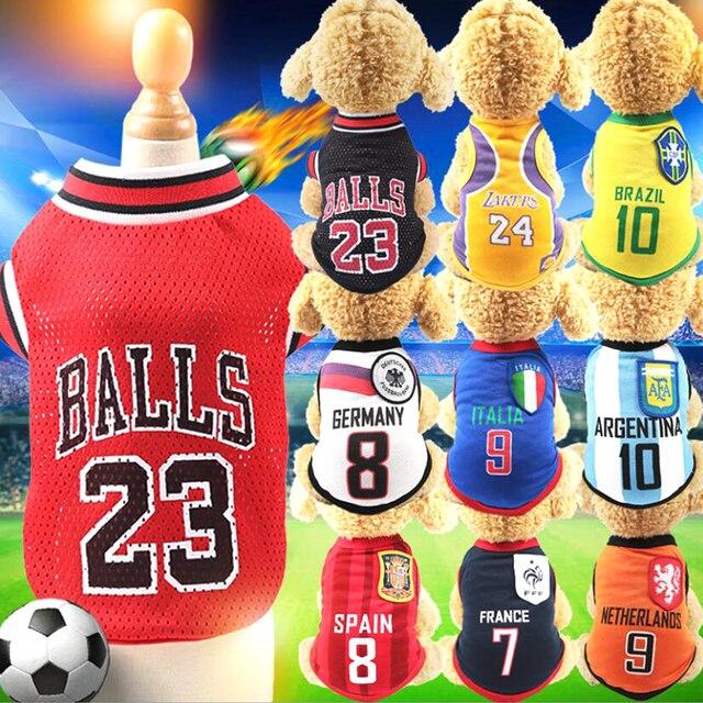 Deportes Chaleco de perro gato ropa para mascotas ropa de verano Camiseta de algodón camisetas de fútbol ropa para pequeño mediano grande perros XS-5XL Y140