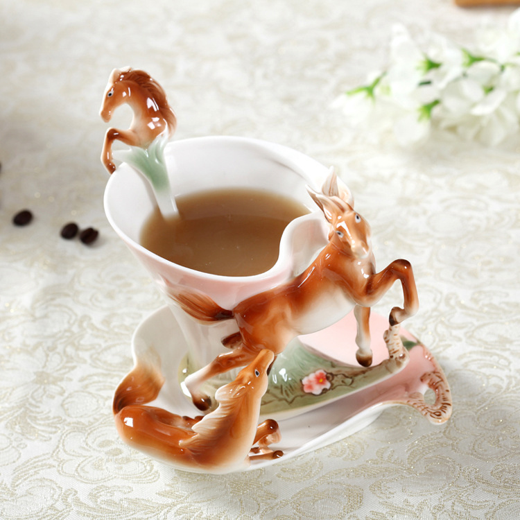New Arrival Horse Enamel Coffee Cup Porcelain Tea Milk Mug Set Creative Ceramic Drinkware European Bone