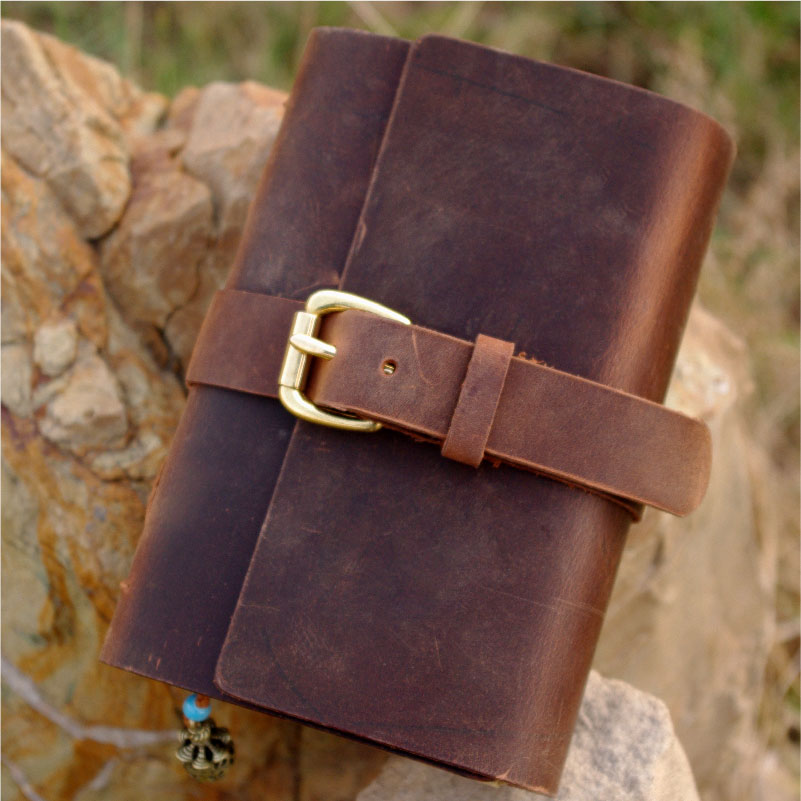 где купить  Free shipping handmade cowhide leather notepad tsmip diary doodle book blank kraft paper notebook 2011615  по лучшей цене