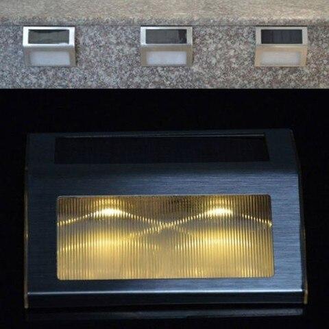white luzes solares da escada interior conduziu
