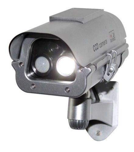 Solaire CCTV Caméra de Sécurité Fausse Factice Avec Flash Lumières + Capteur Humain