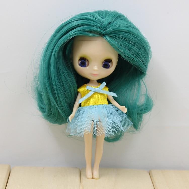 Petite Blythe Doll Dress 7