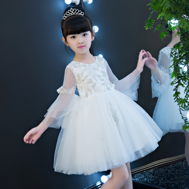 цена на 2017 High Quality White Color Girl Children Embroidery Lace Princess Birthday Wedding Party Dress Sweet Cute Flare Sleeves Dress