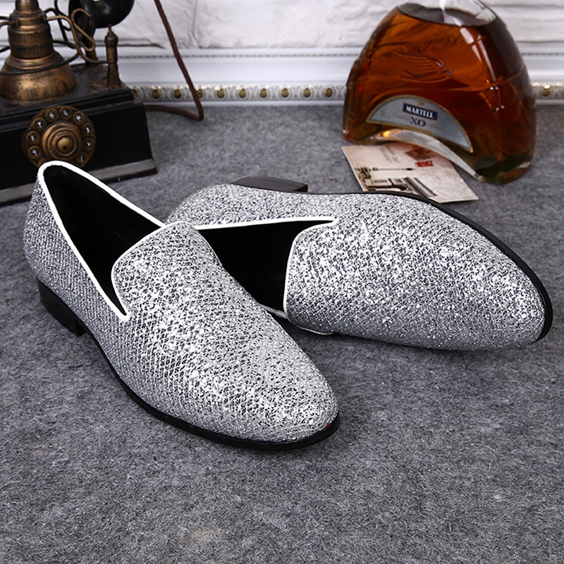 New Silver Leather Chaussure Homme Slip On Mocassin Men Loafers Casual Flats Men Glitter Mens Wedding Shoes Flat Men Dress Shoes discount 2017 men velvet loafers genuine leather slip on rivets flat casual shoes driving mocassin wedding party shoes plus size