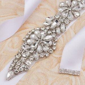 Image 4 - MissRDress Zilveren Diamanten Bruiloft Riem 31 inch Crystal Bridal Sash Strass Bruids Riem Voor Bruiloft Accessoires JK854
