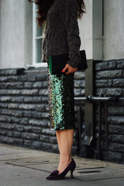 Uwback 2017 nueva marca de las mujeres falda de verano verde lentejuelas rodilla-longitud lápiz falda de mujer sexy delgada midi faldas del club tb1031 femenino