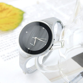 2020 Women Bracelet Watches Crystal Dress Ladies fashion Stainless Steel Round Dial unique designer quartz-watch montres femme