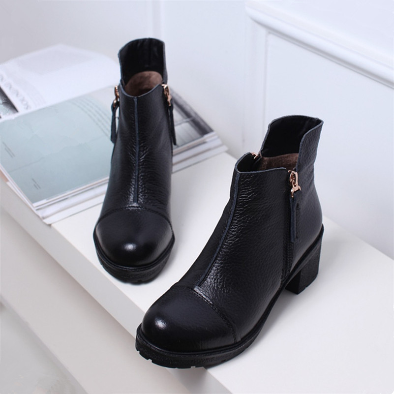 High quality genuine leather boots autumn winter ankle boots sexy martin fur waterproof snow boots shoes woman Motorcycle Boots new high quality genuine leather boots rivets square heels autumn winter ankle boots sexy fur snow boots shoes woman size