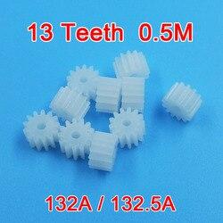 Engranaje de plástico 13 dientes, 13 A/132.5A, 0,5 M, engranaje ajustado de 2mm, POM, engranaje de plástico piezas de Motor, accesorios de juguete, 10 unids/lote