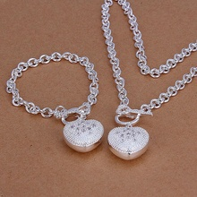 Silver plated refined luxury fashion inlaid stone caring necklace bracelets two piece hot selling wedding jewelry S025