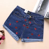 Short Feminino 2016 Spring Summer High Waist Denim Shorts Women Strawberry Embroidery Curling Casual Short Jeans