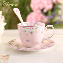 Pastoral Bone China Coffee Cup Saucer Spoon Set Fresh Rose Ceramic Teacup 200ml Advanced Porcelain Tea Cup Party Drinkware