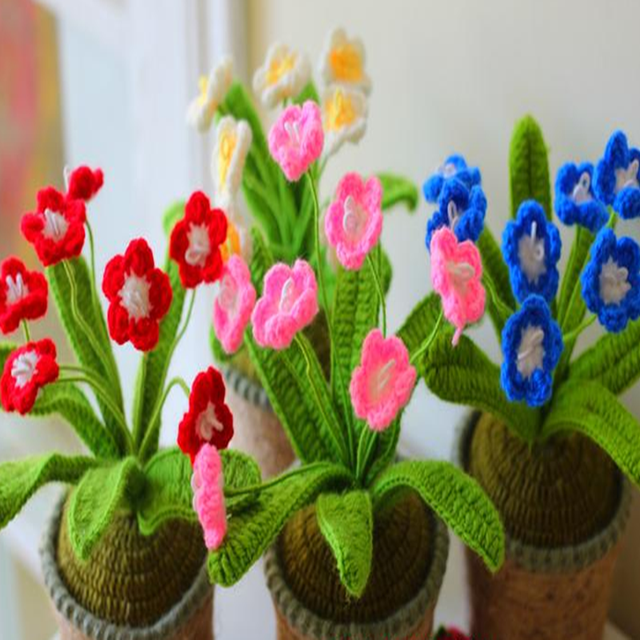 Creative Design Pure Handmade Knitted Crochet Small Artificial Flowers  Cactus Home Office Desk Putting Decorations /