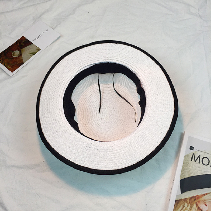 HT915 Donne Paglietta cappello di Sun Caps Nastro Arco Tondo Flat Top Straw  Fedora Cappello Panama Cappelli Estivi per Le Donne Bianco Paglia di Sun  Della ... 300d071bc4a2