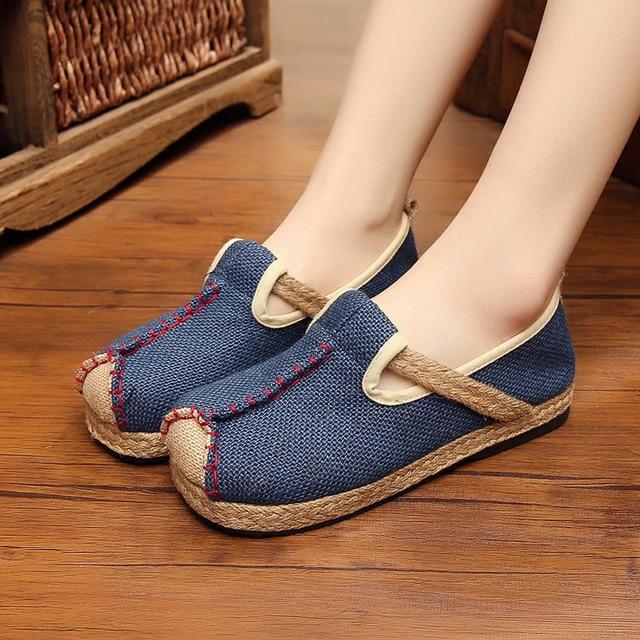 d0e6052415ca7 الخريف الساخن بيع الصينية عارضة القماش حذاء امرأة حذاء مسطح حذاء قماش  الوطني نمط مريحة أحذية