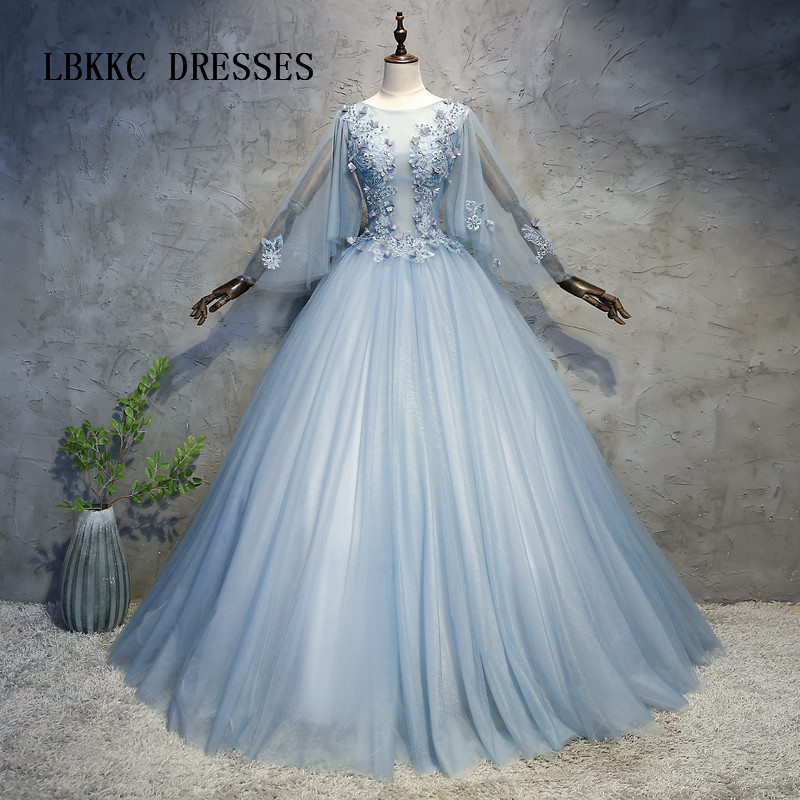 Grey Quinceanera Dresses Long Sleeeves Ball Gown Tulle With Lace Eleagan Back Lace Up Debutante Gowns 15 Years Dress