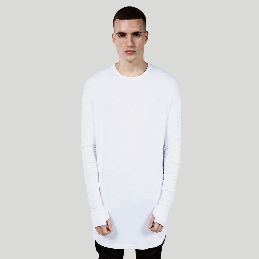 Nuevo Hip Hop Camiseta de Los Hombres 2016 Para Hombre de Alta Moda de La  Calle Extendida Tee de Manga Larga T shirt Casual Marca Blanco Negro Camiseta  Para ... 39f5c787e9a