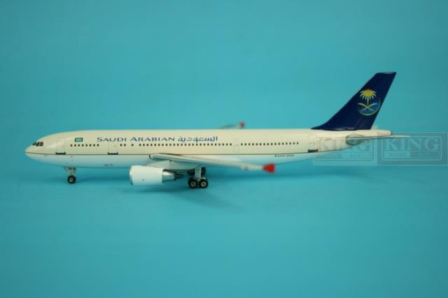 Phoenix 10377 Saudi Airlines TC-OAA 1:400 A300-600 aircraft commercial jetliners plane model hobby