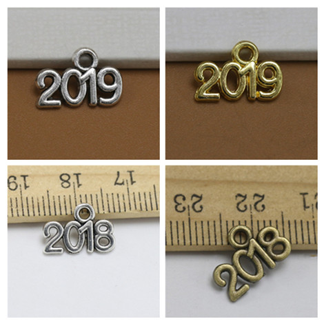"100pcs Silver Gold Color ""2019"" ""2018"" Charms Man Women DIY Making Necklace Pendant Jewelry Accessories Retro Style Jewelry"