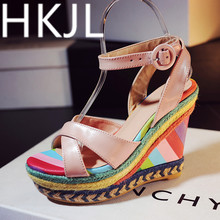 HKJL Summer 2019 new leather woven weaved sandals with ultra high heel with matching color fashion fish mouth shoes Q009 цена 2017