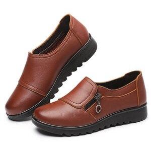 Image 4 - 패션 여성 플랫 가죽 신발 여성 슬립 로퍼에 안티 슬립 Moccasins 숙녀 신발 블랙 Zapatillas Mujer 캐주얼