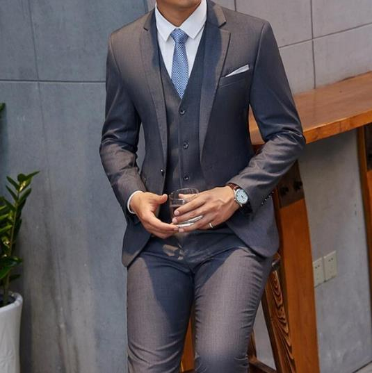 Handsome Dark Grey Mens Suit New Fashion Groom Suit Wedding Suits For Best Men Slim Fit Groom Tuxedos For Man Jacket Vest Pants Buy At The Price Of 79 12 In Aliexpress Com Imall Com