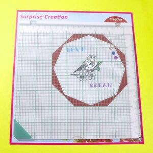 """Image 1 - Überraschung Creation Große größe Stanzen Werkzeug 20,3x20,3 cm (8x8 """")  perfekte Positionierung & Stanzen für Klar Briefmarken"""