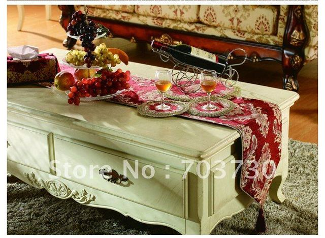 Sole Dealer Fancy Table Runner With Firm Fabric And Fine Arts,Perfect For  Home Decoration