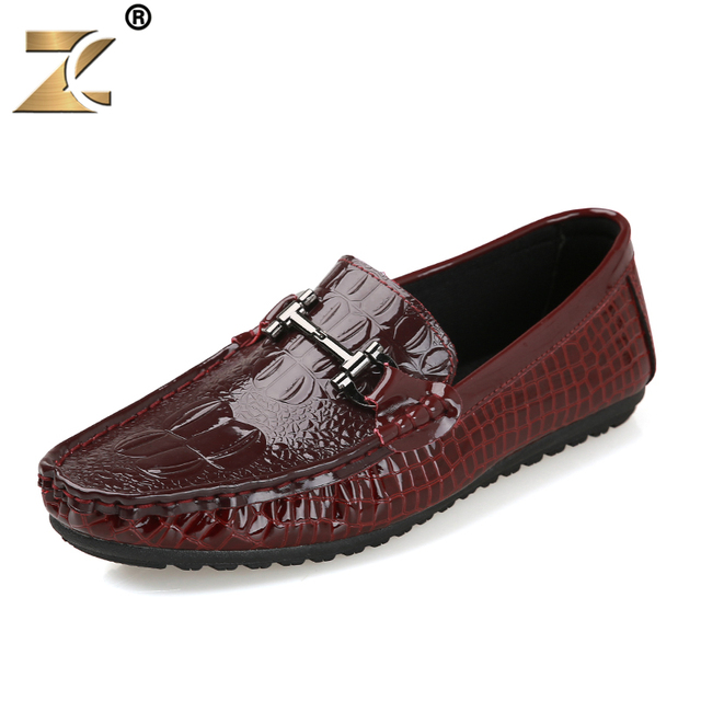 Z 2017 Leather Glossy Men Casual Peas Shoes Metal Decoration Retro European Style Fashion Design Outdoor Durable Flats Shoes Men