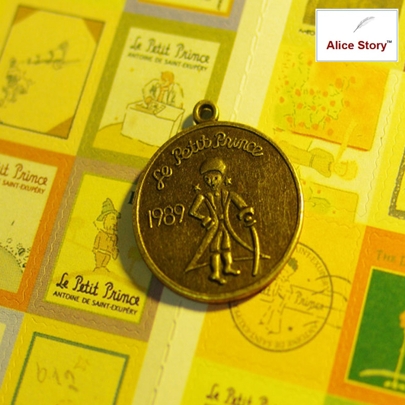 Vintage Metal Little Prince Pendant Bronze Charm DIY Diary Notebook AccessoriesVintage Metal Little Prince Pendant Bronze Charm DIY Diary Notebook Accessories