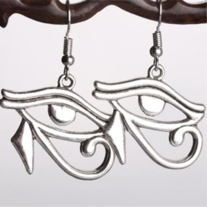 Ancient Egypt Style The Eye of Horus Pendant Punk Metal Chain Eye Earrings(China)