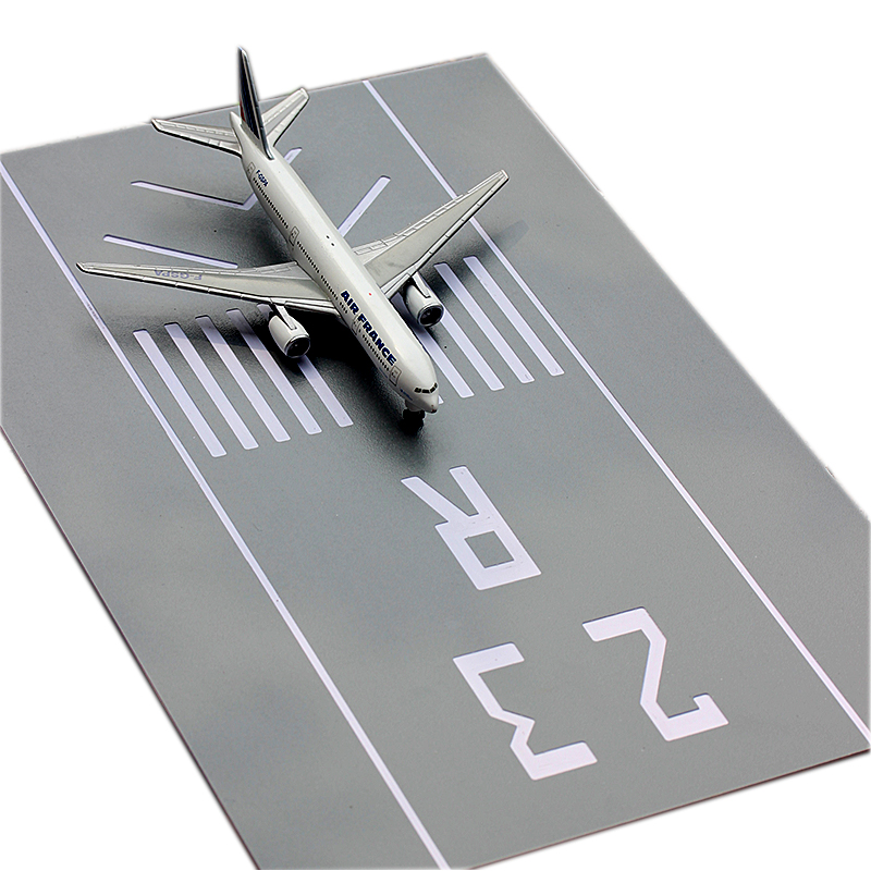 1:400 Simulated Civil Aircraft 1:500 Aircraft Model  Runway Platform  Sand Table Background