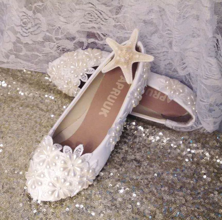 Ivory pearls bridal wedding shoes woman handmade romantic low high customized heel lady flower girl party dinner proms shoes low heel 3cm heel ivory lace wedding shoes woman sweet pearls handmade pearls brides small heel wedding shoes lady party pumps
