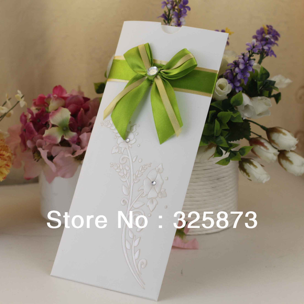 T121 Apple Green Funny Paper Wedding Invitation Cards Models On