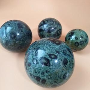 Image 1 - 6/7/8/9 センチメートル自然の緑孔雀の石クリスタルボール石美しい家の装飾ボールデスク風水風水治療ボール
