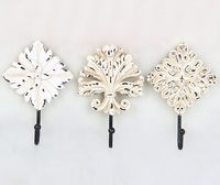 Hot Sale New Continental Antique White Flower Three-piece Wall Mounted Hook Dress Hat Coat Hanging Hanger Bathroom Robe Hooks