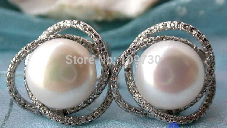 12MM WHITE ROUND FW CULTURED PEARL EARRING new