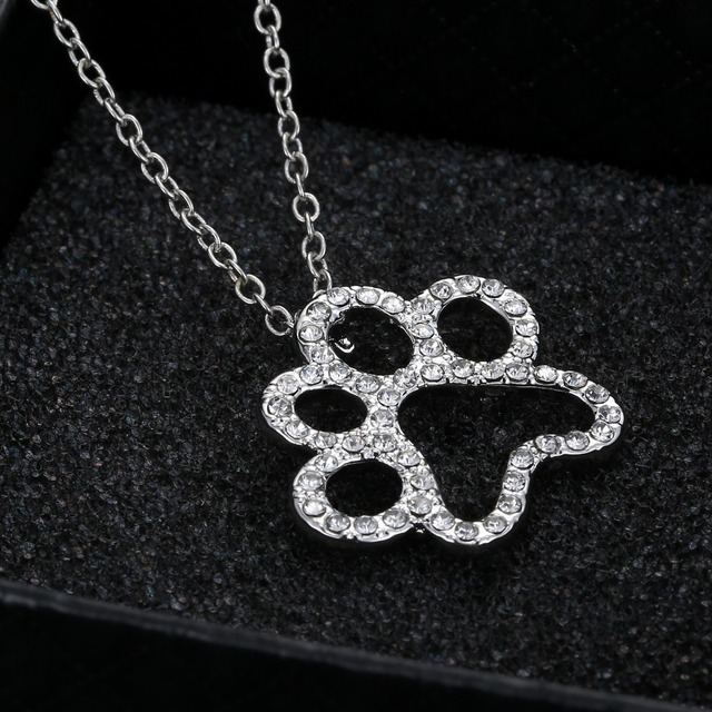 Dog paw prints Pendant Necklace Personalized charming Fashion jewelry Silver plated Black and White crystal rhinestone Dog Paw 2