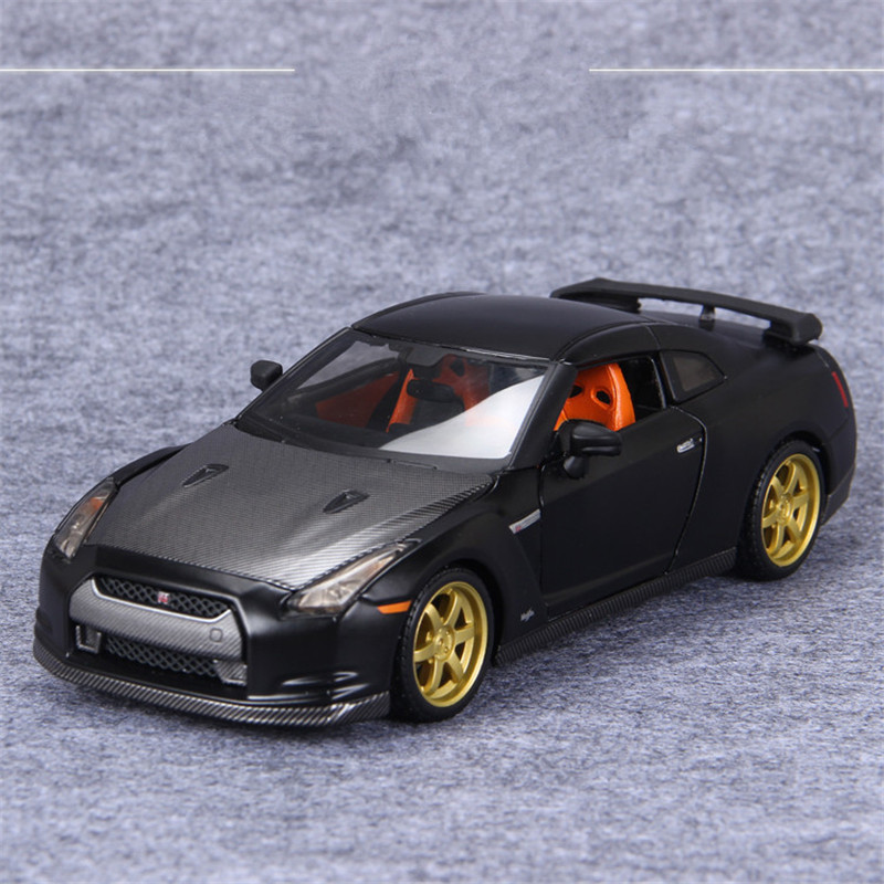 ФОТО 1:24 Scale Maisto GTR Diecast Metal Car Toy, Vehicles Cars Models, Brinquedos, Kids Toys, Doors Openable