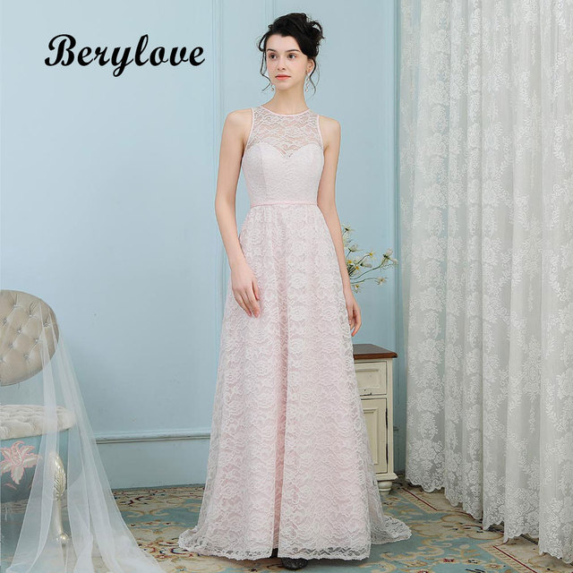 BeryLove Simple Lace Bridesmaid Dresses Long Prom Dresses 2018 Formal Dress  Special Occasion Gowns Wedding Party Dresses bd3218ef6dc2