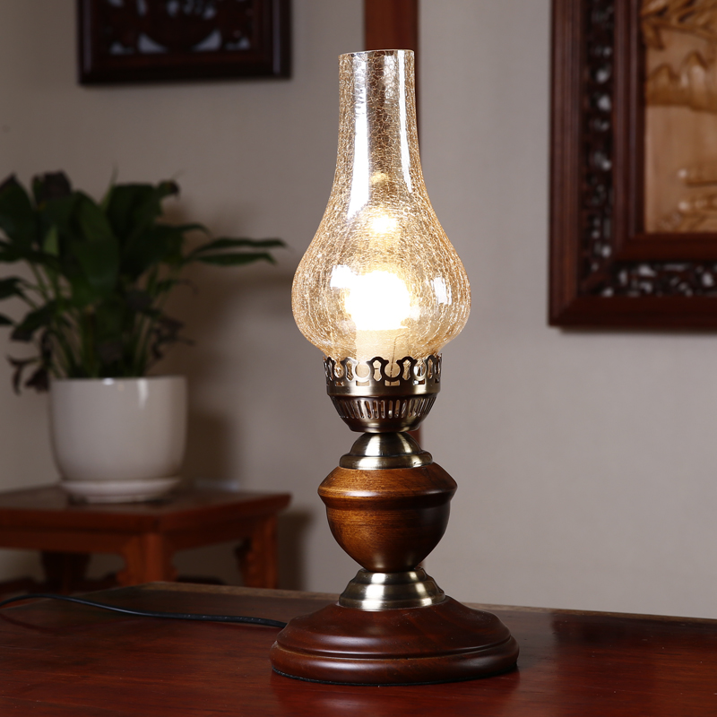 Classic Retro Kerosene Lamp Glass Lantern Desk Reading Lights Rustic Country Solid Wood
