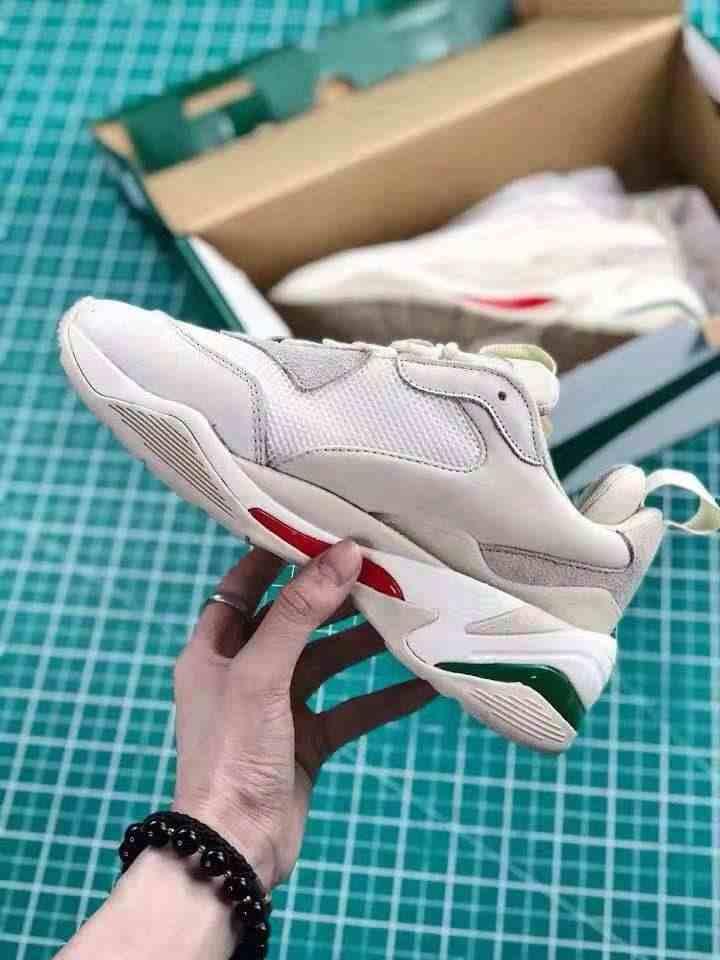 ... PUMA Thunder Desert Sneakers Men Women Sports Shoes 367516-12 Badminton  Shoes Thunder Spectra Retro b2bbed66f