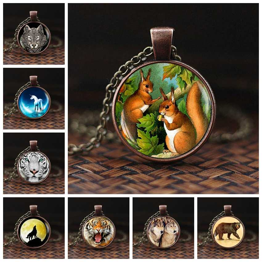 2018 Squirrel Necklace Natural Big Bear Glass Pendant Jungle Wildlife Animal Wolf Necklace Hand Craft Jewelry