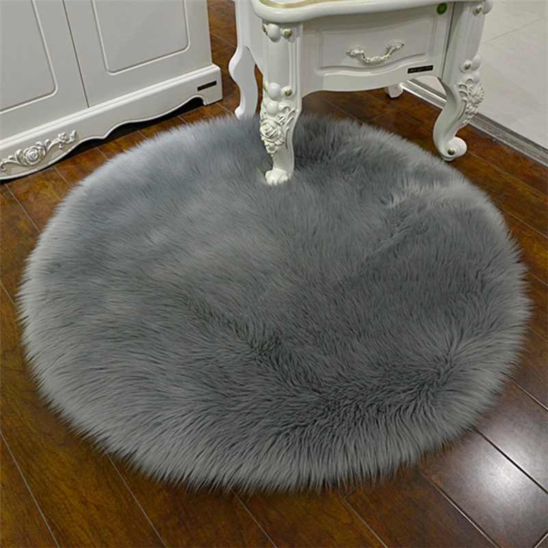 30*30cm  Soft Acrylic Rug Chair Cover Bedroom Mat Simple Plush Rug Bedroom Bedside Mat Hairy Carpet Seat Fur Area Rugs
